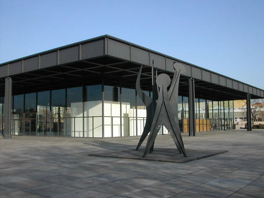 800px-Neue_Nationalgalerie_Berlin_2004-02-21.jpg
