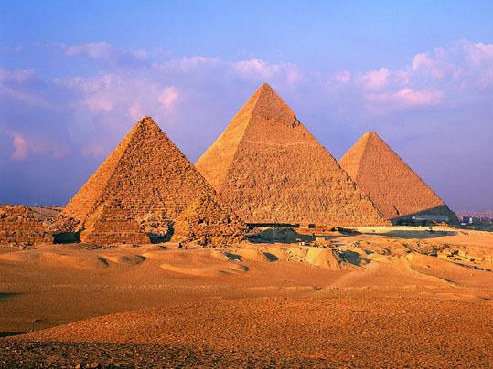 ピラミッド.jpg
